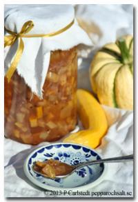 äppelpaj med mandelmassa havregryn